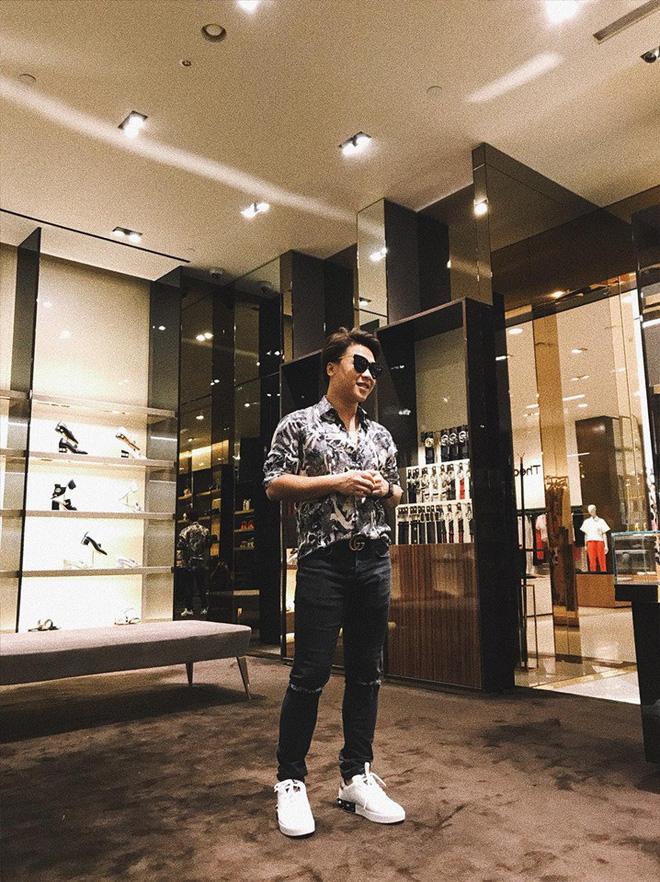 Bạn trai Hương Giang đọ bạn trai Hoà Minzy: 2 thiếu gia với tài sản khủng, cưng chiều người yêu trên mạng cho đến ngoài đời-7