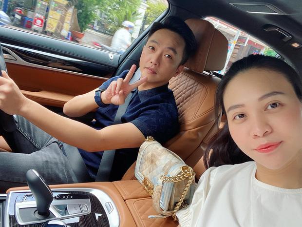 Vợ chồng Cường Đô La trốn con hẹn hò cuối tuần, nhan sắc của mẹ bỉm Đàm Thu Trang gây chú ý-1
