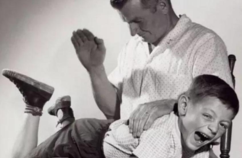 Dù tức giận đến mấy bố mẹ cũng không nên đánh vào 3 vùng nhạy cảm này của trẻ, kẻo có thể gây bại não, để lại di chứng sau này!-1