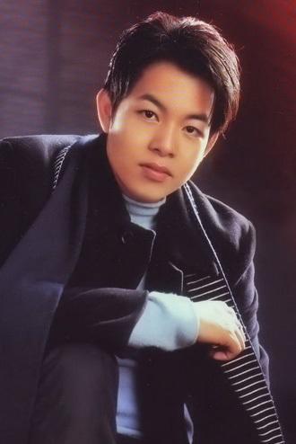 41 tuổi, Quang Lê giàu có, nổi tiếng, đời tư ồn ào nhưng vẫn lẻ bóng-1