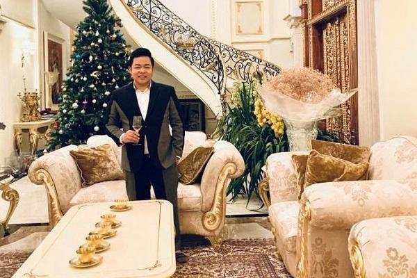 41 tuổi, Quang Lê giàu có, nổi tiếng, đời tư ồn ào nhưng vẫn lẻ bóng-4