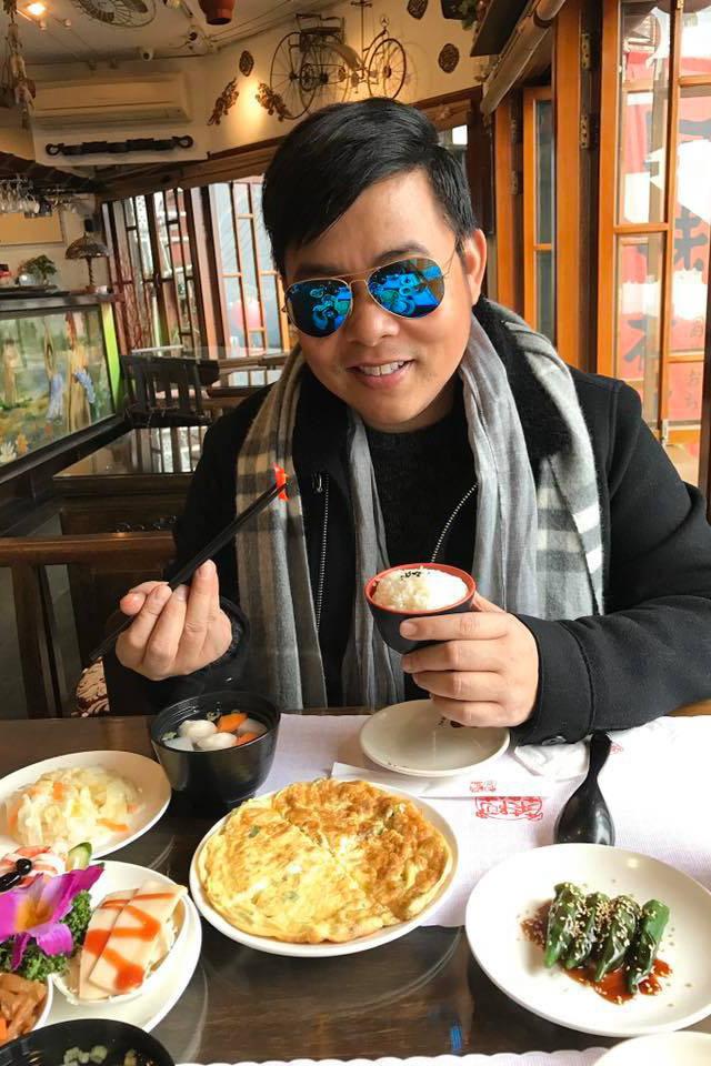 41 tuổi, Quang Lê giàu có, nổi tiếng, đời tư ồn ào nhưng vẫn lẻ bóng-10