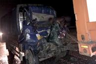 Xe tải tông xe đầu kéo trên cao tốc TP HCM - Trung Lương, 2 người tử vong