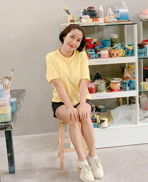 Ốc Thanh Vân ở nhà chăm con mặc bình dân, đổi style theo hội nữ tổng tài liền lên đời-2