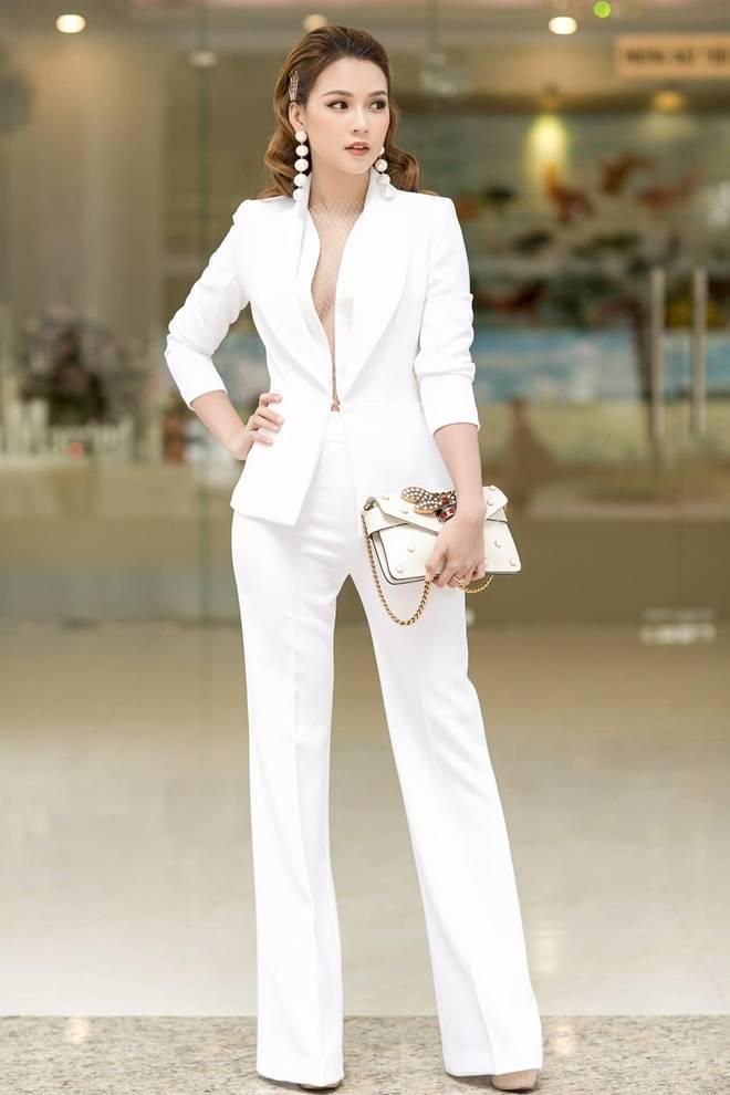 Ốc Thanh Vân ở nhà chăm con mặc bình dân, đổi style theo hội nữ tổng tài liền lên đời-20