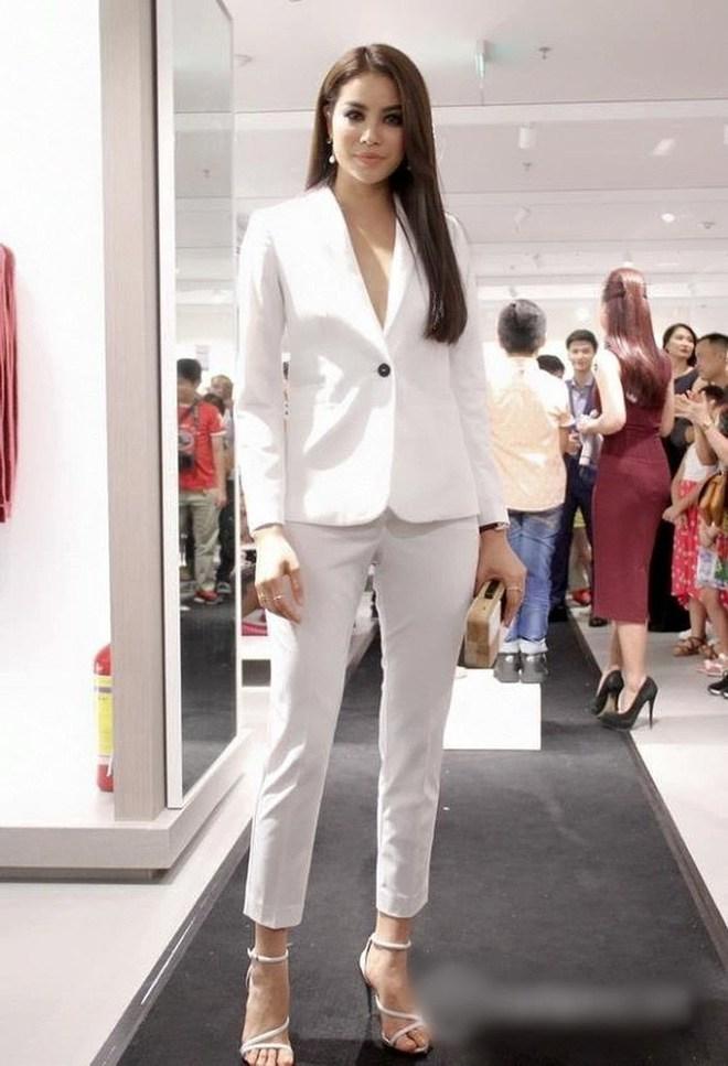 Ốc Thanh Vân ở nhà chăm con mặc bình dân, đổi style theo hội nữ tổng tài liền lên đời-23