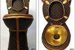 Chiêm ngưỡng bệ xí mạ vàng bọc da Louis Vuitton sang chảnh, tổng trị giá 2,3 tỷ đồng