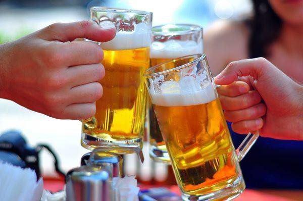 Bia uống dở đừng vội đổ đi, tận dụng theo cách này sẽ thấy thành quả bất ngờ-3