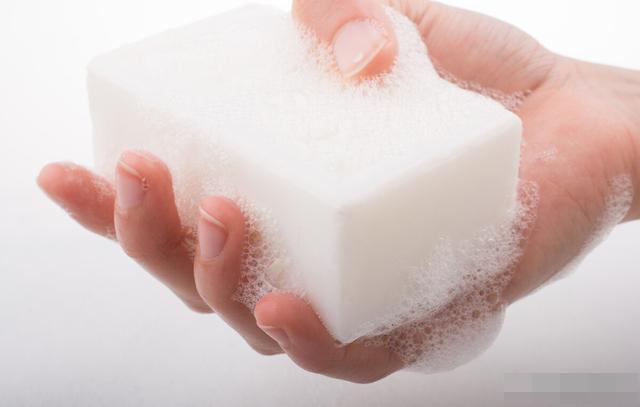 Ai cũng biết nước rửa tay không thể sử dụng sau khi hết hạn, nhưng xà phòng thì sao?-1