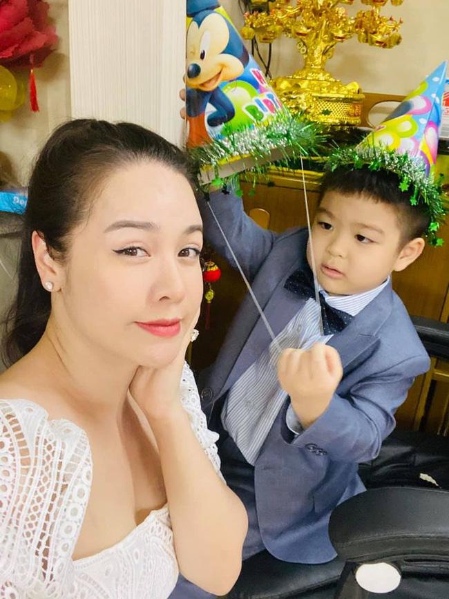 Hết tố cáo chồng cũ, Nhật Kim Anh lại bức xúc luôn với cô giáo của con trai-2