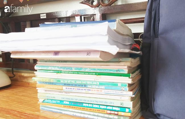 Nhìn kho sách tân Quán quân Đường lên đỉnh Olympia đọc mỗi ngày, khối người muốn ngất xỉu: Toàn sách khủng, dày sương sương cả trăm trang-8