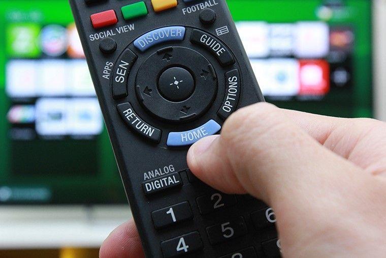 Đang xem bỗng tivi bị mất màu, đừng vội vàng bê đi sửa ở tiệm, chỉ cần thực hiện vài thao tác sau màn hình lại rõ nét sống động như thường-4