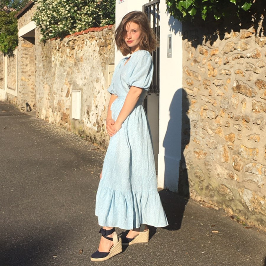 Trời se lạnh mà quẩy váy dáng dài là style sẽ yêu kiều như gái Pháp, điểm sang chảnh cũng tăng ngùn ngụt-10