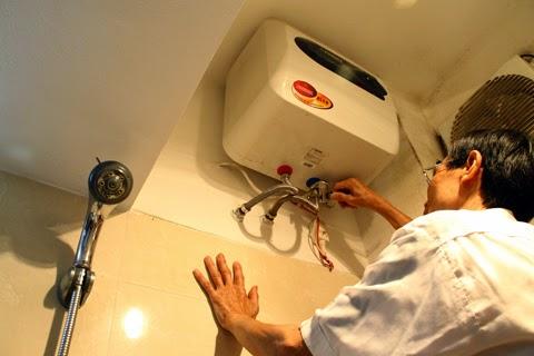 Sử dụng bình nóng lạnh như thế nào để tiết kiệm điện? Khi nghe người thợ điện nói, tôi mới biết gia đình mình đã làm sai-1