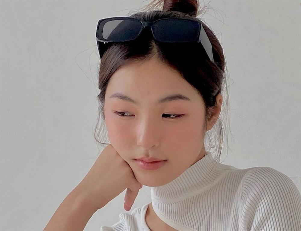 Nhan sắc nữ sinh đóng MV mới của Jack-5