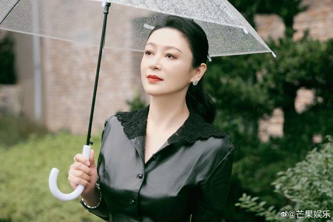 Nhan sắc thật khác một trời một vực với ảnh photoshop của đệ nhất mỹ nhân cổ trang Trần Hồng-2