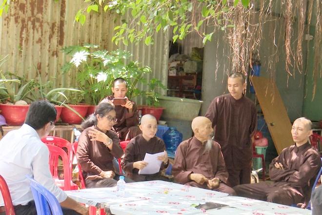 Người ở Tịnh thất Bồng Lai lừa dối cả thiên hạ-2
