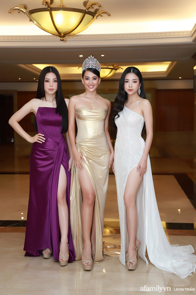 """Bóc trần"""" nhan sắc thật của dàn Hoa hậu, Á hậu Việt Nam qua ảnh chưa photoshop, bất ngờ nhất là vẻ già dặn của Tiểu Vy-3"""