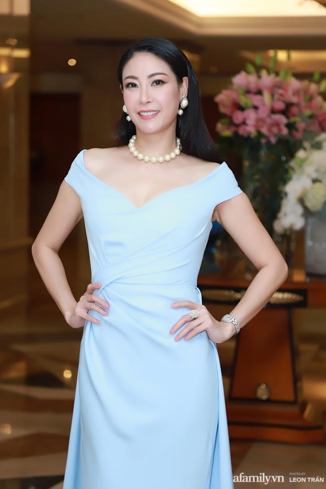 """Bóc trần"""" nhan sắc thật của dàn Hoa hậu, Á hậu Việt Nam qua ảnh chưa photoshop, bất ngờ nhất là vẻ già dặn của Tiểu Vy-6"""