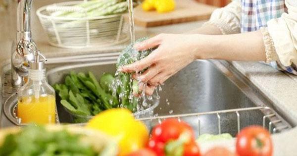 Cách loại bỏ thuốc trừ sâu, hóa chất độc hại trong rau củ quả-1