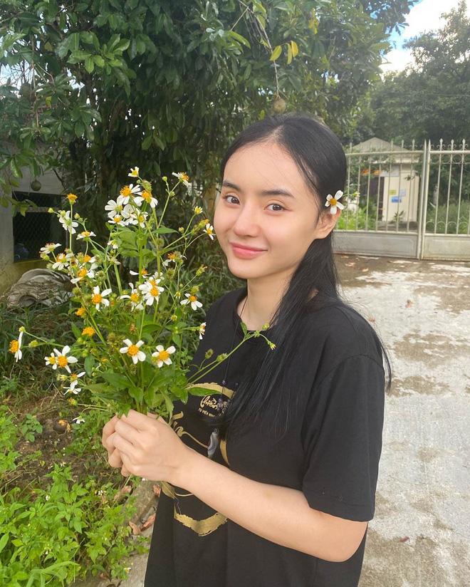 Em gái Angela Phương Trinh ngày càng thăng hạng nhan sắc, nổi bật với khí chất mỹ nhân-8
