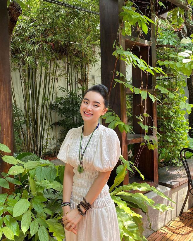 Em gái Angela Phương Trinh ngày càng thăng hạng nhan sắc, nổi bật với khí chất mỹ nhân-13