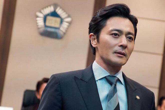 """Vụ bê bối săn gái"""" chấn động của loạt tài tử hạng A Jang Dong Gun, Joo Jin Mo chính thức khép lại: Kẻ ác đi tù từ chị đến em!-1"""
