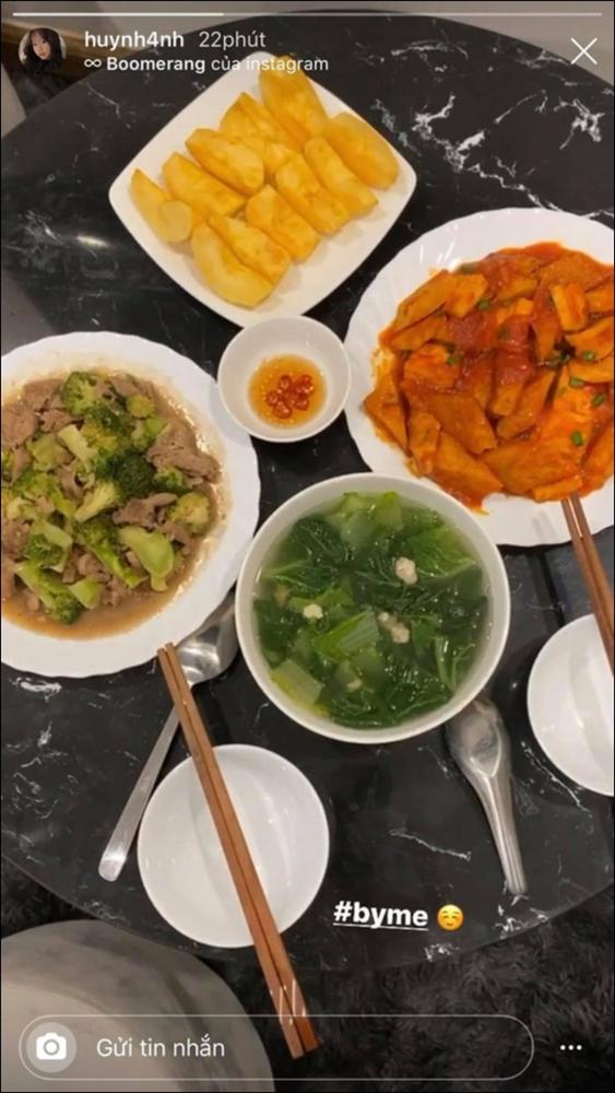Huỳnh Anh khoe mâm cơm 2 người ăn do chính mình trổ tài,dân tình chúc mừng Quang Hải Đúng là có số hưởng-7