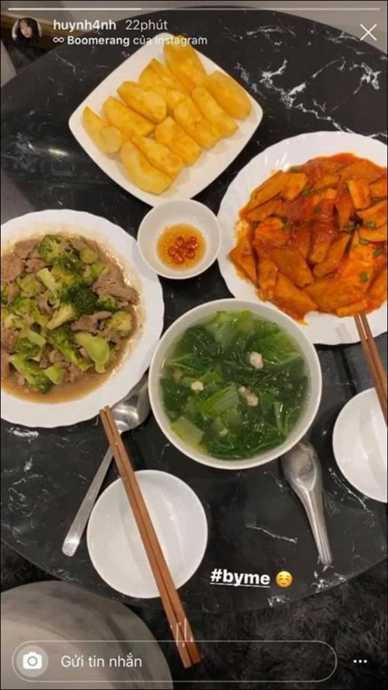 Huỳnh Anh khoe mâm cơm 2 người ăn do chính mình trổ tài,dân tình chúc mừng Quang Hải Đúng là có số hưởng-8