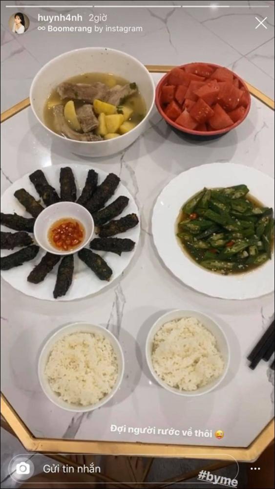 Huỳnh Anh khoe mâm cơm 2 người ăn do chính mình trổ tài,dân tình chúc mừng Quang Hải Đúng là có số hưởng-9