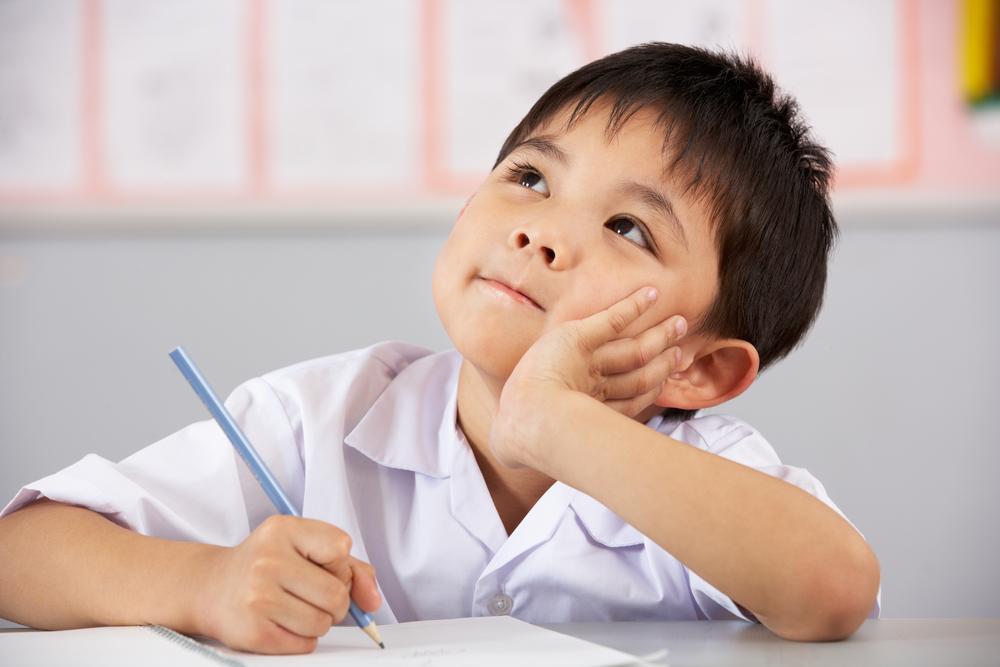 Nếu con bạn có 4 đặc điểm kỳ lạ này, thay vì lo lắng hãy vui mừng vì đó là một đứa trẻ có chỉ số IQ cao-1