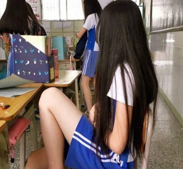 Nữ sinh lớp 10 kêu đau bụng xin về, thầy giáo không ngờ chuyện động trời xảy ra-2