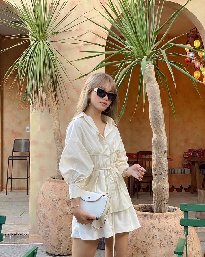 Sắm blouse trắng tiểu thư chanh sả rồi găm đủ 3 bí kíp mix đồ thì bạn sẽ thăng hạng phong cách ngay-8