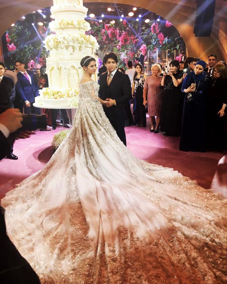 4 năm sau đám cưới xa hoa với chiếc váy 14 tỷ đồng, bánh cưới cao hơn 3m, cuộc sống của tiểu thư giàu có bậc nhất nước Nga ra sao?-1