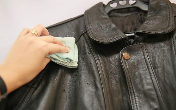 Bí quyết xử lý vết mốc trên áo da sau giấc ngủ hè dài, sẵn sàng cho mùa thu đông sành điệu và chất chơi-4