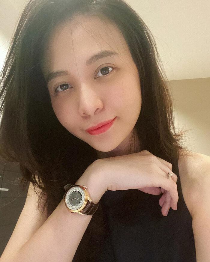 Mẹ bỉm Đàm Thu Trang lộ mặt mộc thiếu ngủ sau một tháng chăm con-1