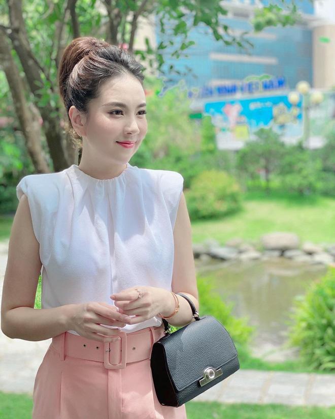 Mai Ngọc và Thu Hoài - 2 cô MC có tất cả ở tuổi 30, mê nhất là khoản có chồng giàu và ngày càng đẹp!-15