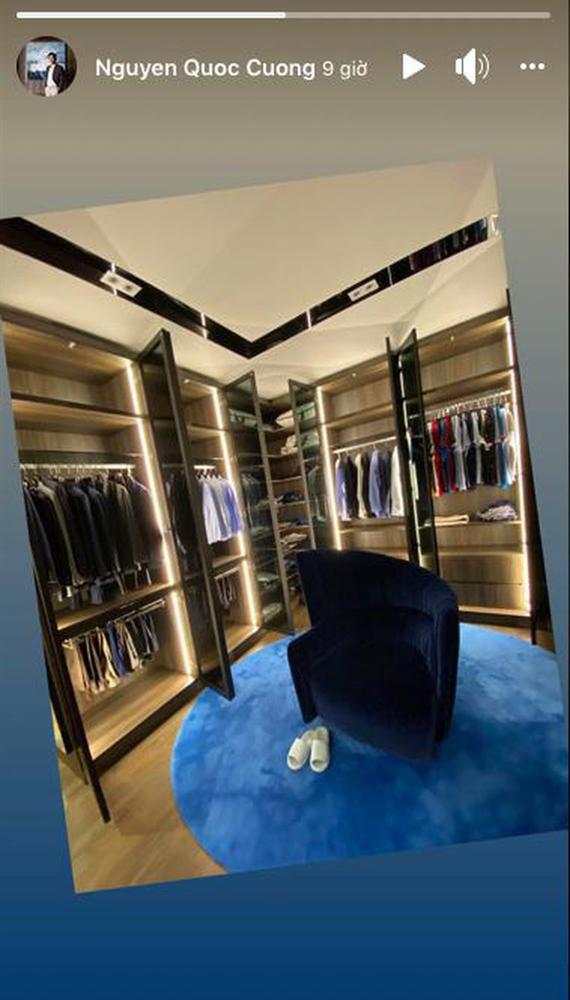 Cường Đô La lần đầu tự hé lộ tủ quần áo trong biệt thự tiền tỷ, bày cả dàn đồ sang trọng chẳng khác gì cửa hiệu-1
