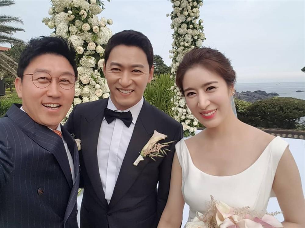 Jang Dong Gun phải uống thuốc ngủ, sụp đổ sau scandal tìm gái giải khuây-3