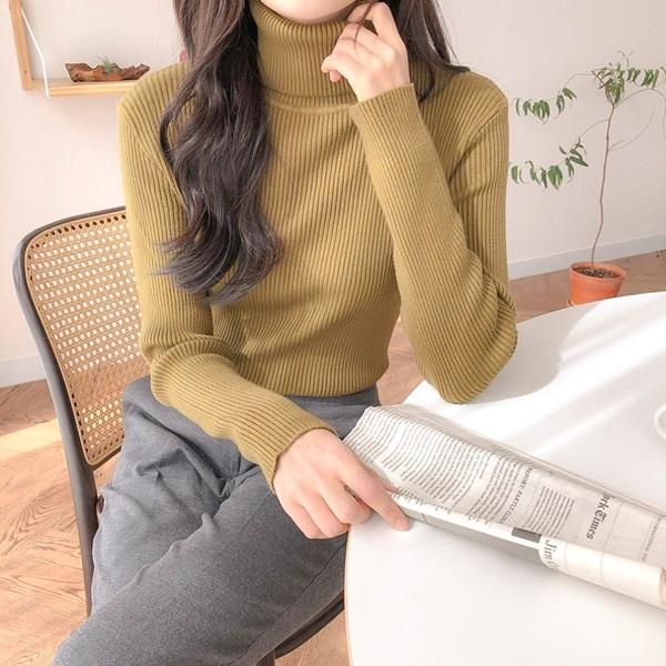 Chỉ là 2 dáng áo len cơ bản nhưng lại có sức mạnh cải thiện style ghê gớm, có đủ thì bạn khỏi lo mỗi sáng mặc gì-4