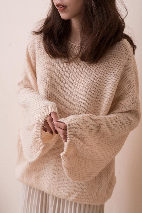 Chỉ là 2 dáng áo len cơ bản nhưng lại có sức mạnh cải thiện style ghê gớm, có đủ thì bạn khỏi lo mỗi sáng mặc gì-6