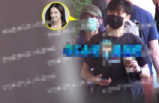 Triệu Vy tiếp tục bị tung ảnh cùng trai trẻ về căn hộ riêng-4