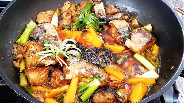 Cách làm món cá nục kho dứa đậm đà, ngon cơm-2