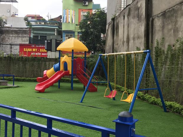 Nhà trường lên tiếng sau vụ bé gái 5 tuổi ngã gãy tay, nguy cơ bị liệt khi đang trong giờ học-6