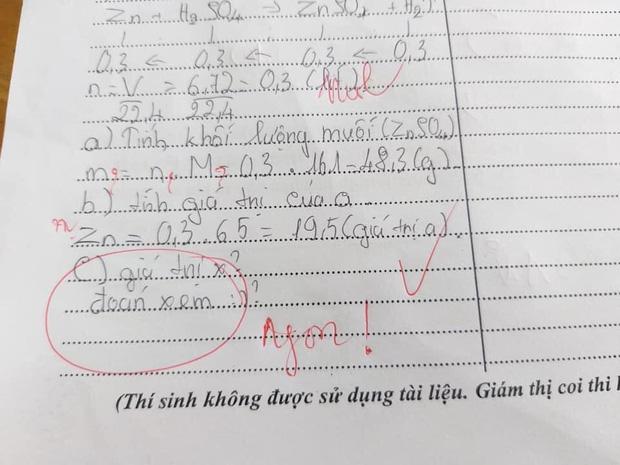 Làm kiểm tra mà bắt cô đoán đáp án, học trò bị đáp lại bằng một từ cực chất-1