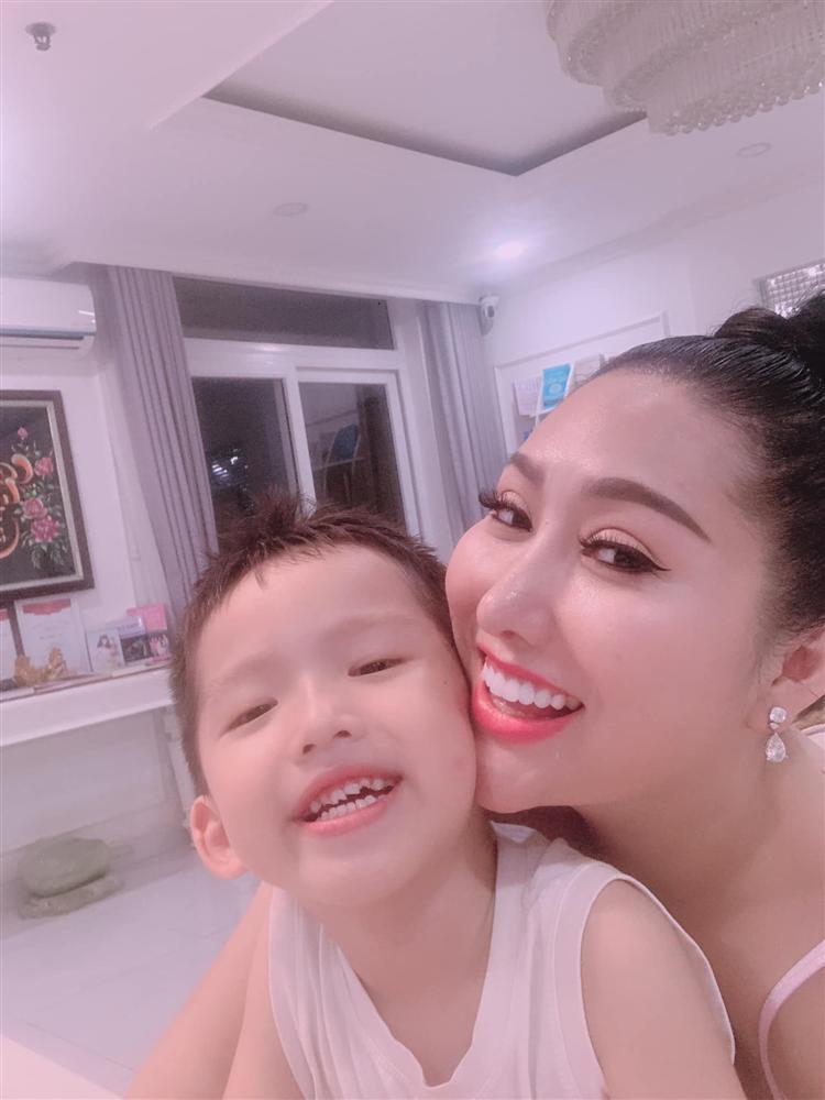 Chồng cũ lấy vợ mới, Phi Thanh Vân định đi kiện, U40 một mình nuôi con thành giỏi nhất trường-3