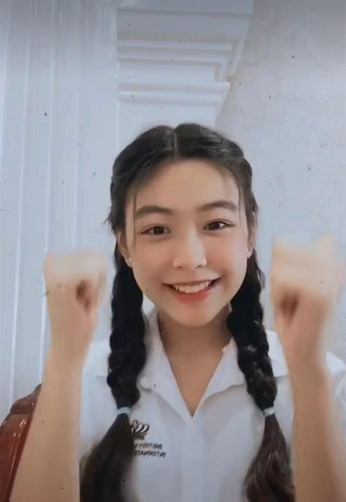 Nhan sắc Thảo Linh - con gái lớn nhà Quyền Linh ngày càng rực rỡ, thu hút vô số fan trên TikTok không thua hot girl nào-6