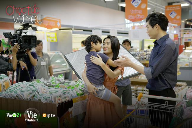 Phim Việt chuyển thể truyện ngôn tình Chọc tức vợ yêu hé lộ nụ hôn khói thuốc lãng mạn đến mức nữ chính nảy sinh cảm xúc thật-5
