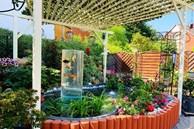 Vườn hoa 500m² đẹp như cổ tích được tạo bởi tình yêu thiên nhiên của cặp vợ chồng dành cả 'thanh xuân' để trồng cây