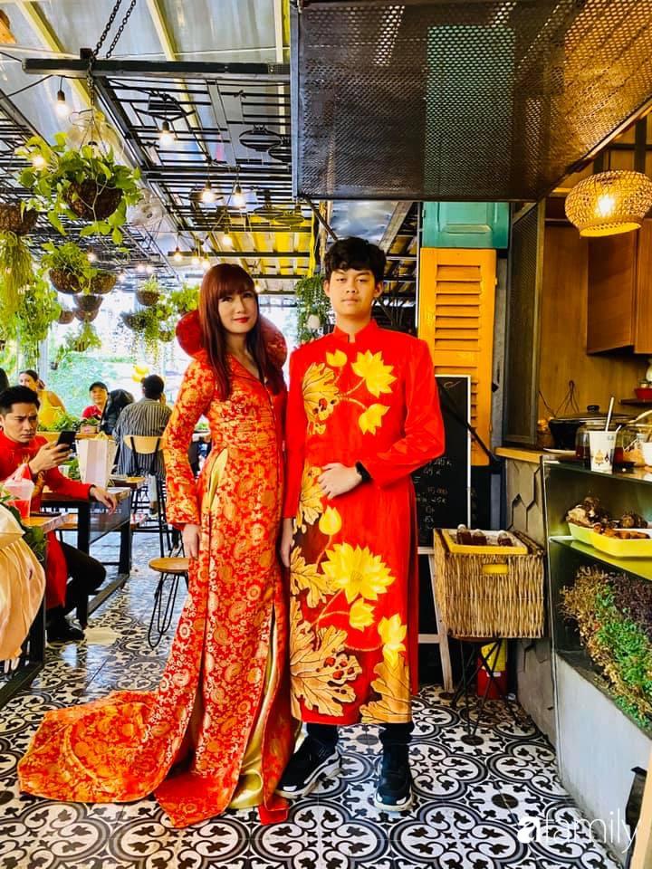 Con trai diễn viên Hiền Mai: Hồi nhỏ ốm nhom vì suy dinh dưỡng, mẹ cho ăn cơm vàng giờ 16 tuổi cao 1m80-3